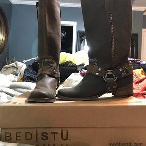 Bed STU women's Boots Sz 6